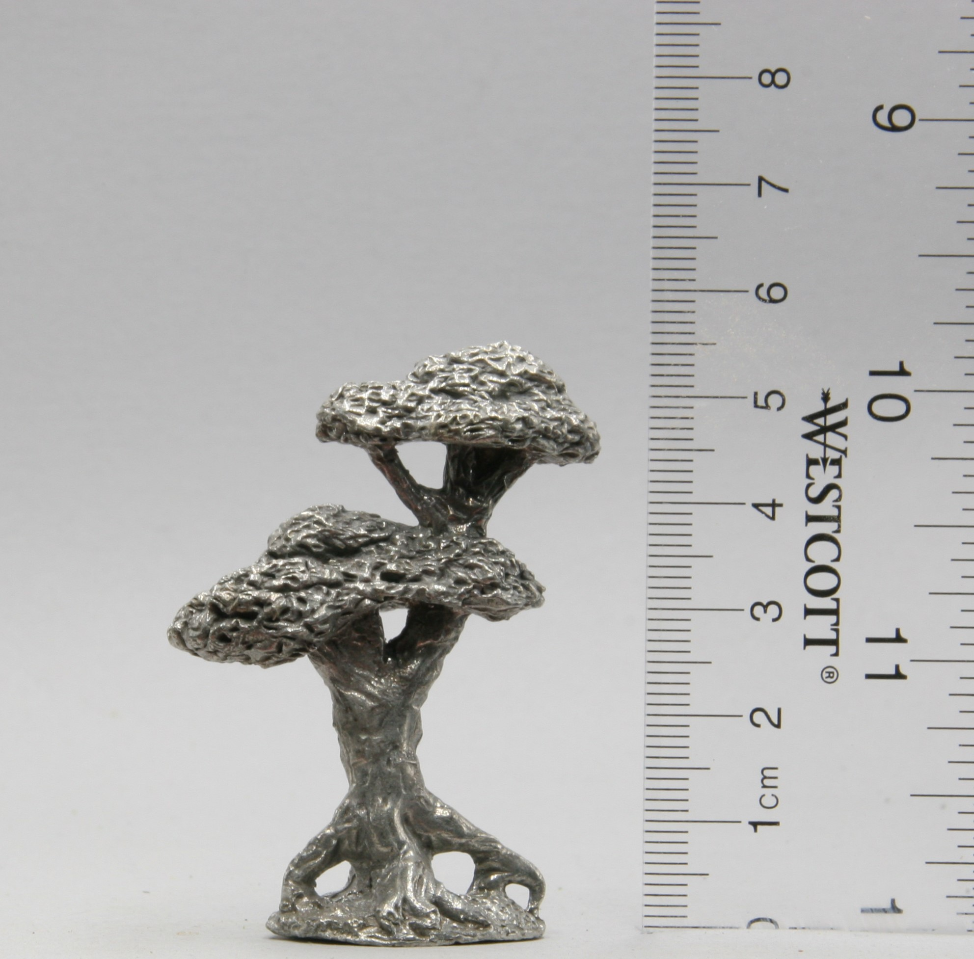 Gnarly Tree pewter